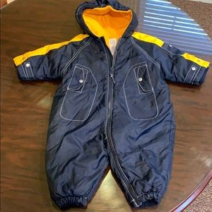 Baby Gap 6 -12 month snow suit. Navy and yellow.